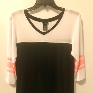 Rue 21, 3/4 length sleeve top. Size L